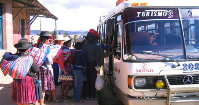 Bus travel in Boliva