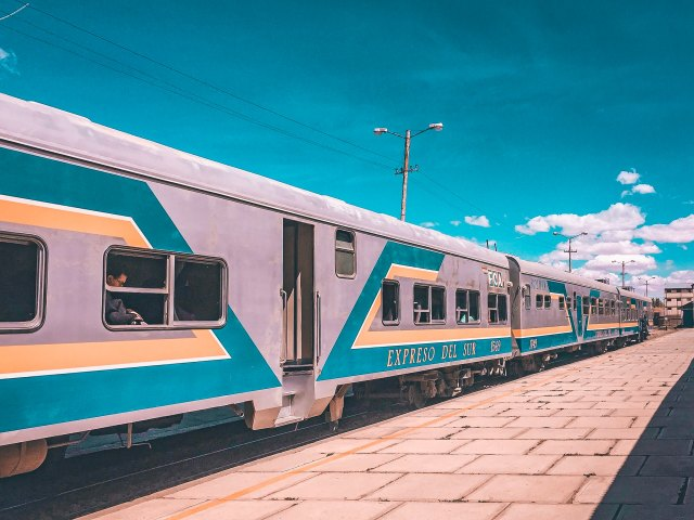 Expreso del Sur train, Bolivia