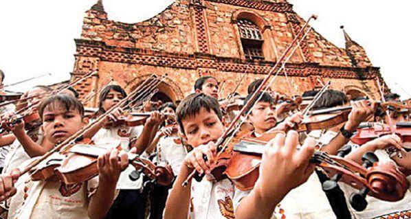 chiquitos niños violín